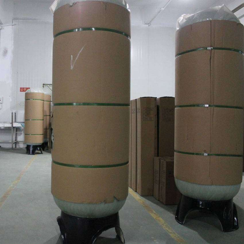 FRP water storage tanks are packed with cartons and tied with packing belts.